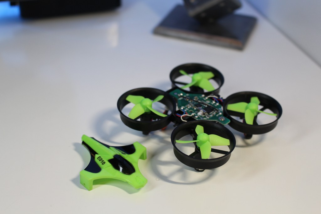 eachine_e010_quadcopter_4